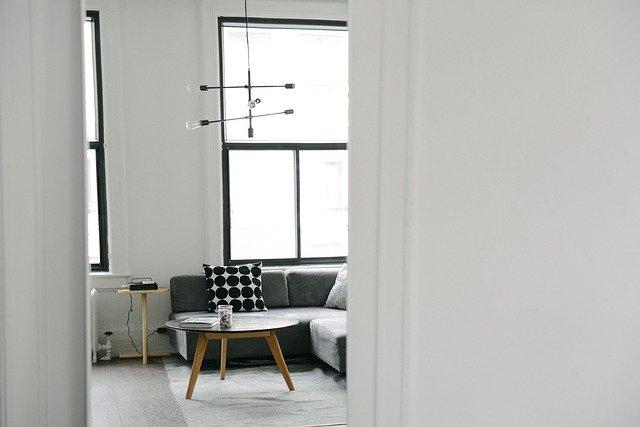Dvere, ktoré interiéru dodájú hneď niekoľko efektívnych vlastností